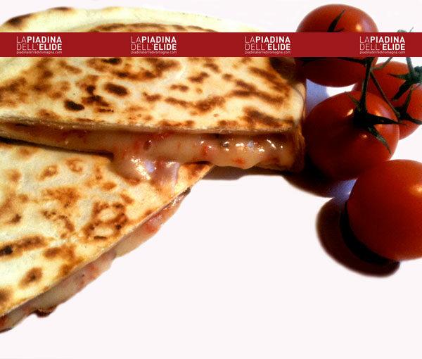 Crescione pomodoro e mozzarella Conf.2 Pz.